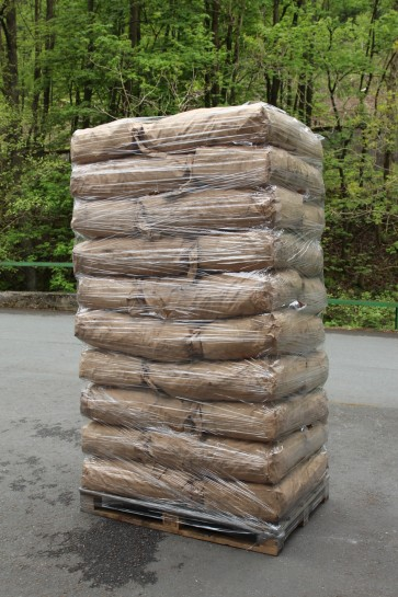 Grill-Holzkohle im 15 kg Sack (Palettenabnahme)