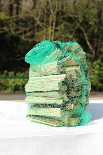 Anzündholz im Netz (ca. 4 kg)